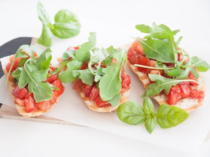 Vegan Tomato Bruschetta