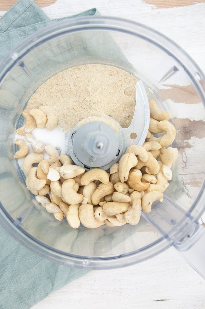 Making Vegan Cashew Parmesan in a food processor