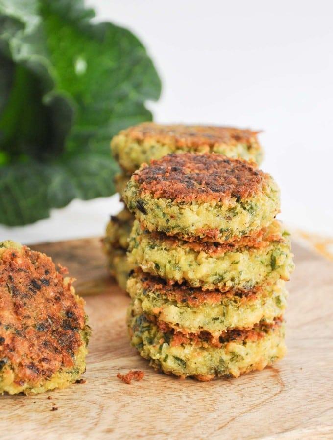 Grüne Falafel mit Blattkohl (Vegan und Glutenfrei)