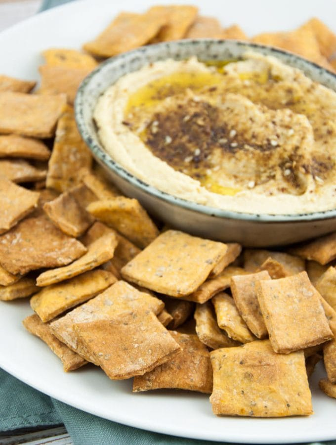 Vegan Pizza Crackers served with Za'atar Hummus