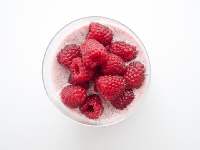 Vegan Raspberry Chia Pudding | ElephantasticVegan.com