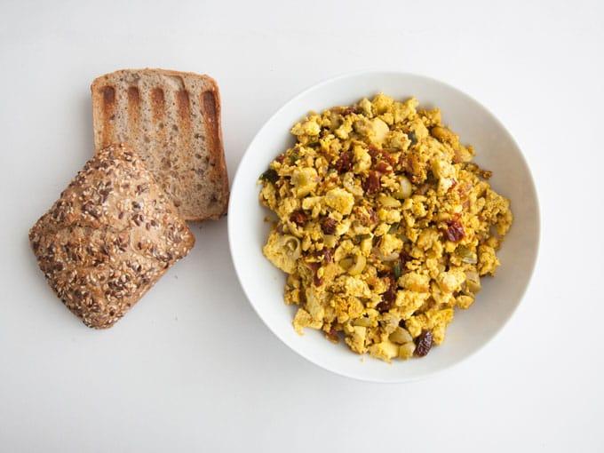 12 Vegan Breakfast Recipes |ElephantasticVegan.com