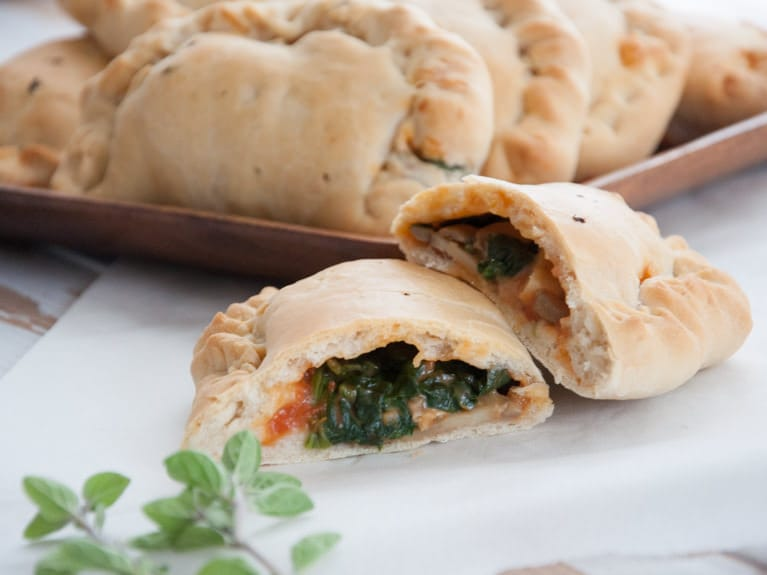 Vegan Mini Calzones | ElephantasticVegan.com