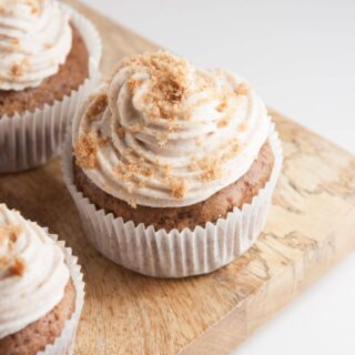 Vegan Gingerbread Cupcakes