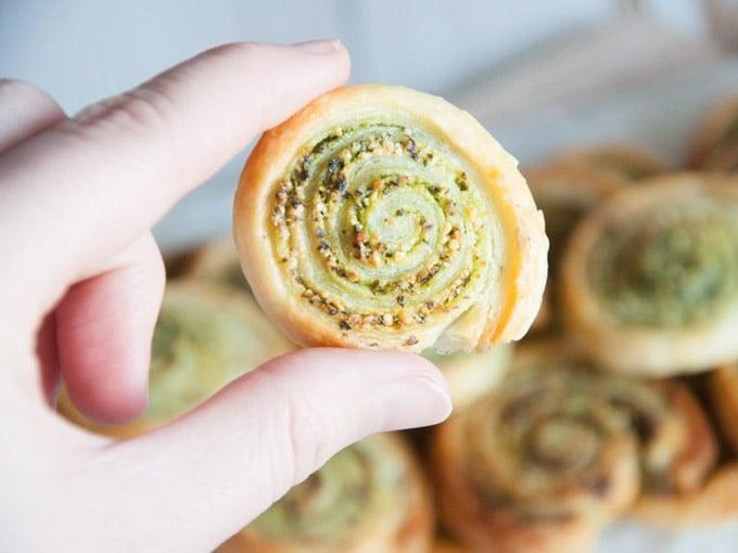 Wild Garlic Pesto Snails   ElephantasticVegan.com