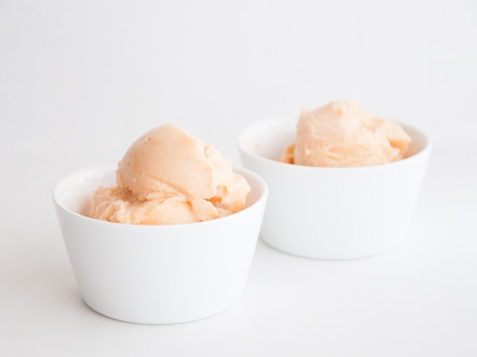 2-Ingredient Cantaloupe Ice Cream | ElephantasticVegan.com