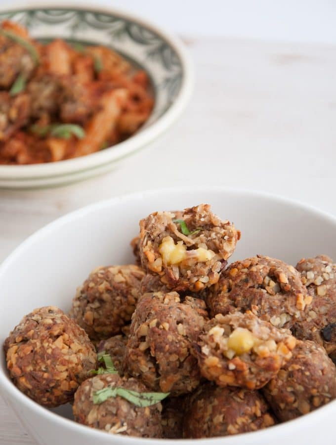 Cheesy Vegan Meatballs | ElephantasticVegan.com