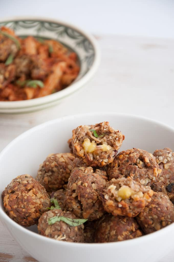 Cheesy Vegan Meatballs | ElephantasticVegan.com
