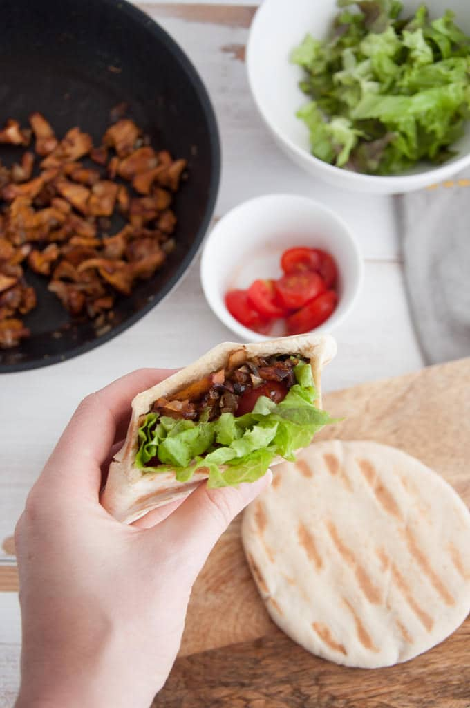 Vegan Chanterelle Pitas | ElephantasticVegan.com