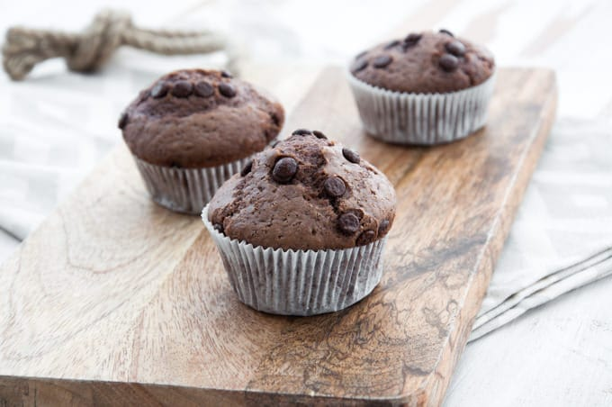 Simple Vegan Chocolate Muffins | ElephantasticVegan.com