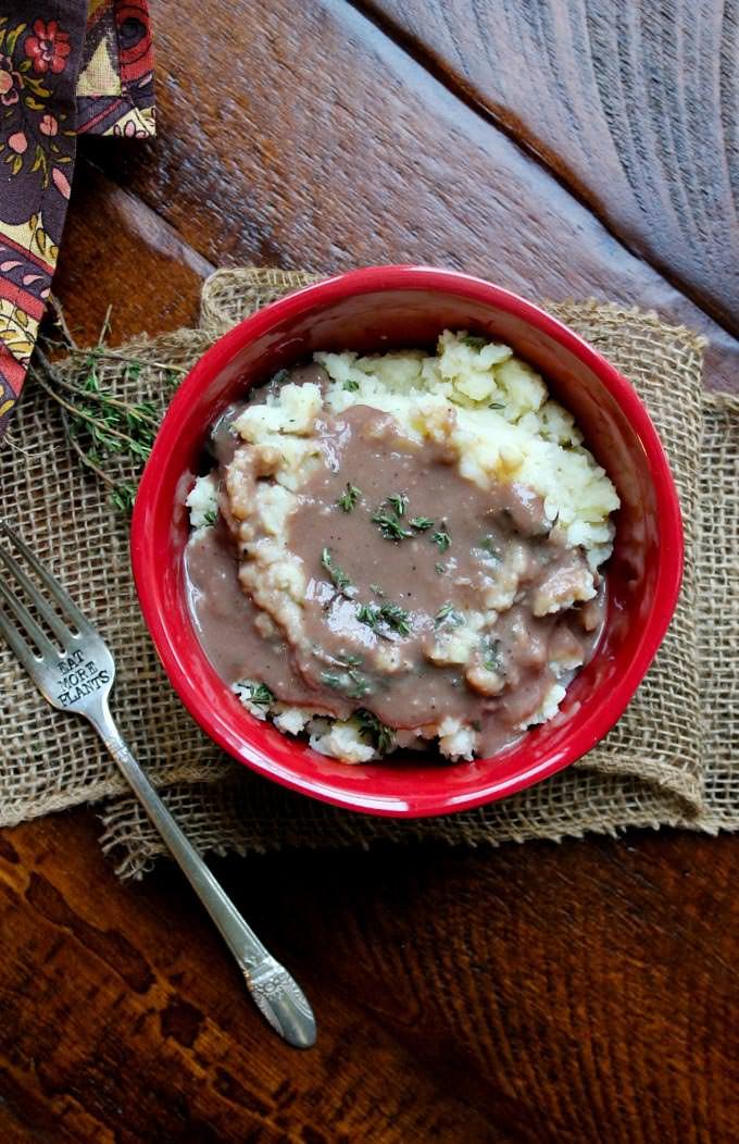 Fluffy Buttermilk Vegan Mashed Potatoes - The Vegan 8