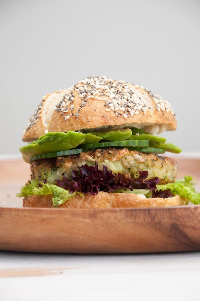 Green Veggie Burger | ElephantasticVegan.com