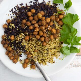 Oven-Roasted Cauliflower Rice with Za'atar Chickpeas | ElephantasticVegan.com