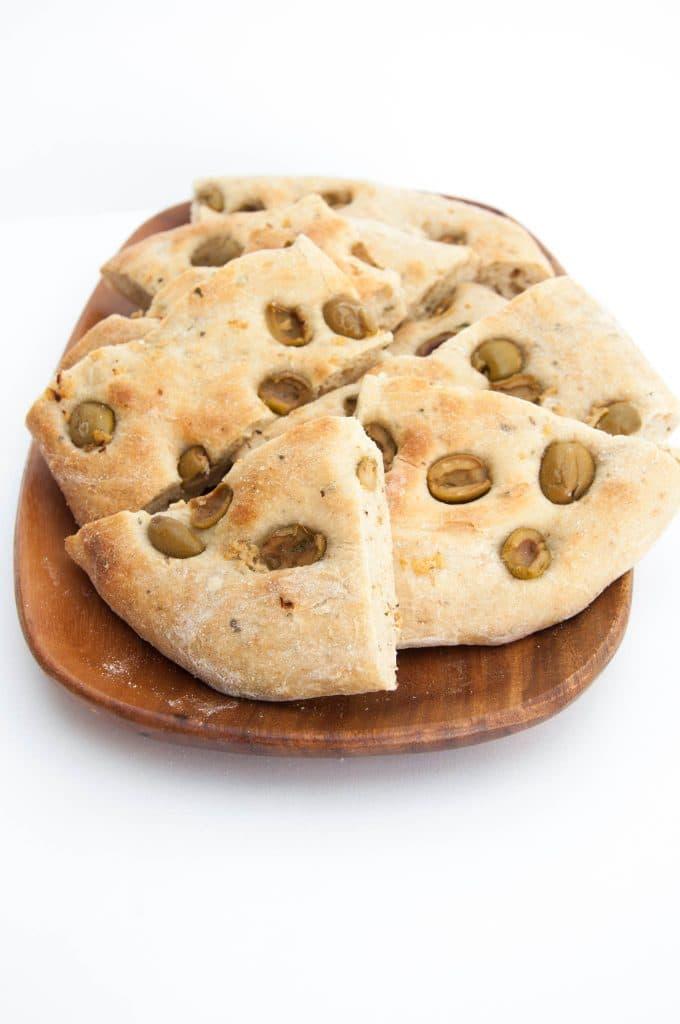 Olive Flatbread | ElephantasticVegan.com