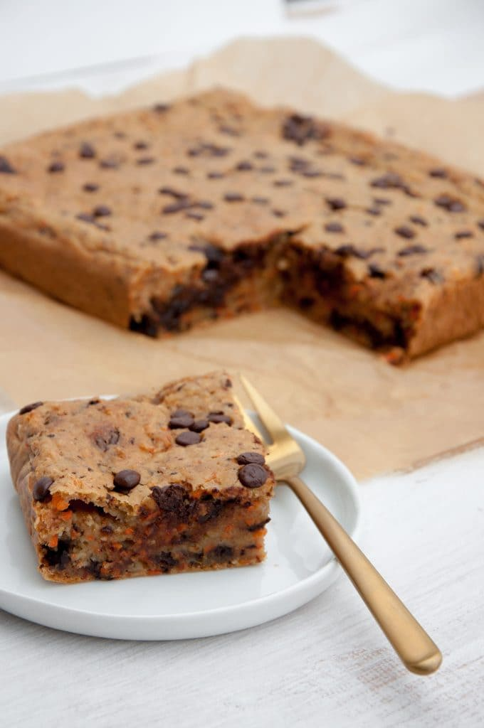 Vegan Carrot Cake Blondies With Chocolate Chips Recipe