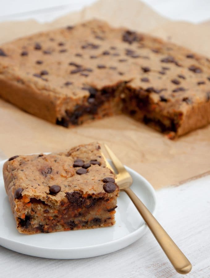 Vegan Carrot Cake Blondies with Chocolate Chips