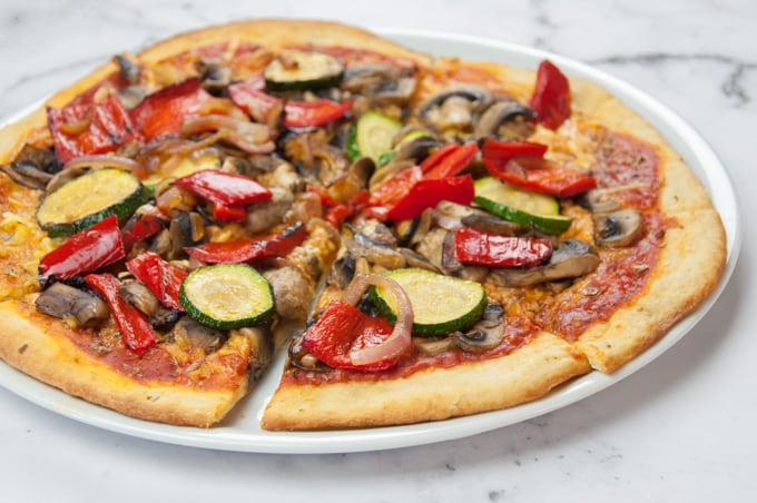 Grilled Veggie Pizza with Yeast-Free Crust (Vegan ...
