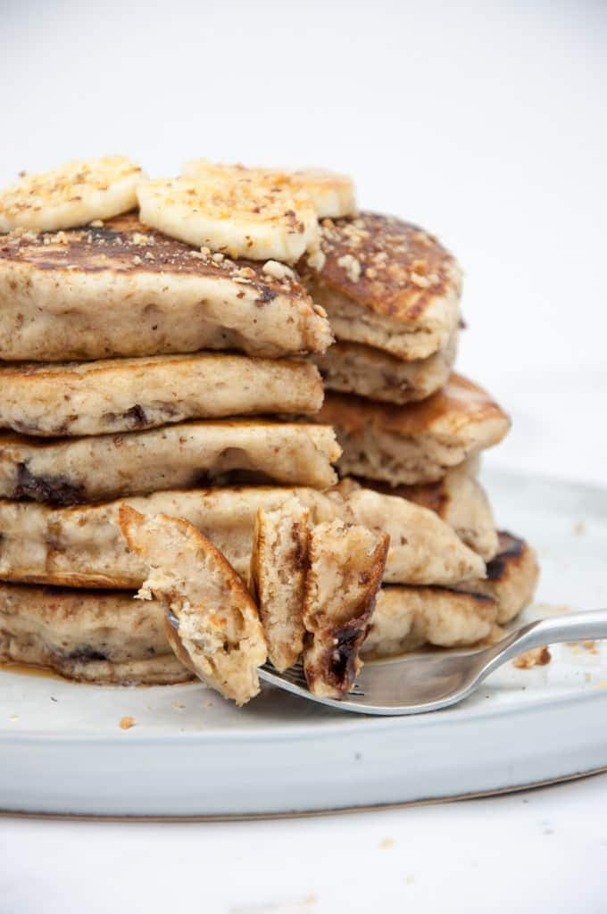 Fluffy Banana Bread Pancakes with Chocolate Chunks from the inside