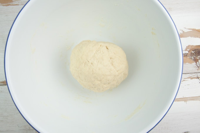 How to make yeast-free pizza dough
