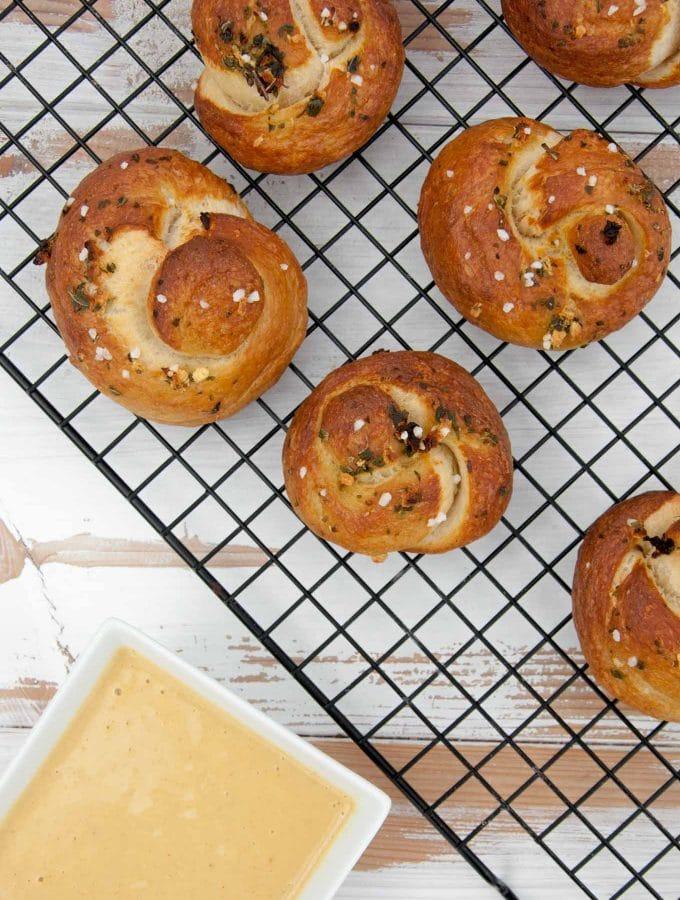 Vegan Pretzel Garlic Knots