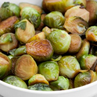 Pan-Roasted Brussels Sprouts in Soy Sauce | ElephantasticVegan.com