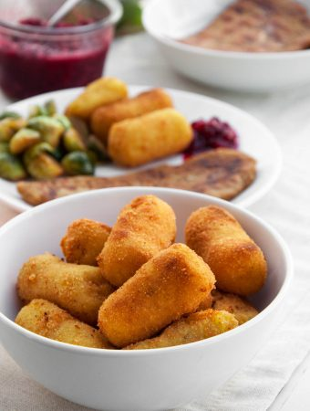 Vegan Potato Croquettes | ElephantasticVegan.com