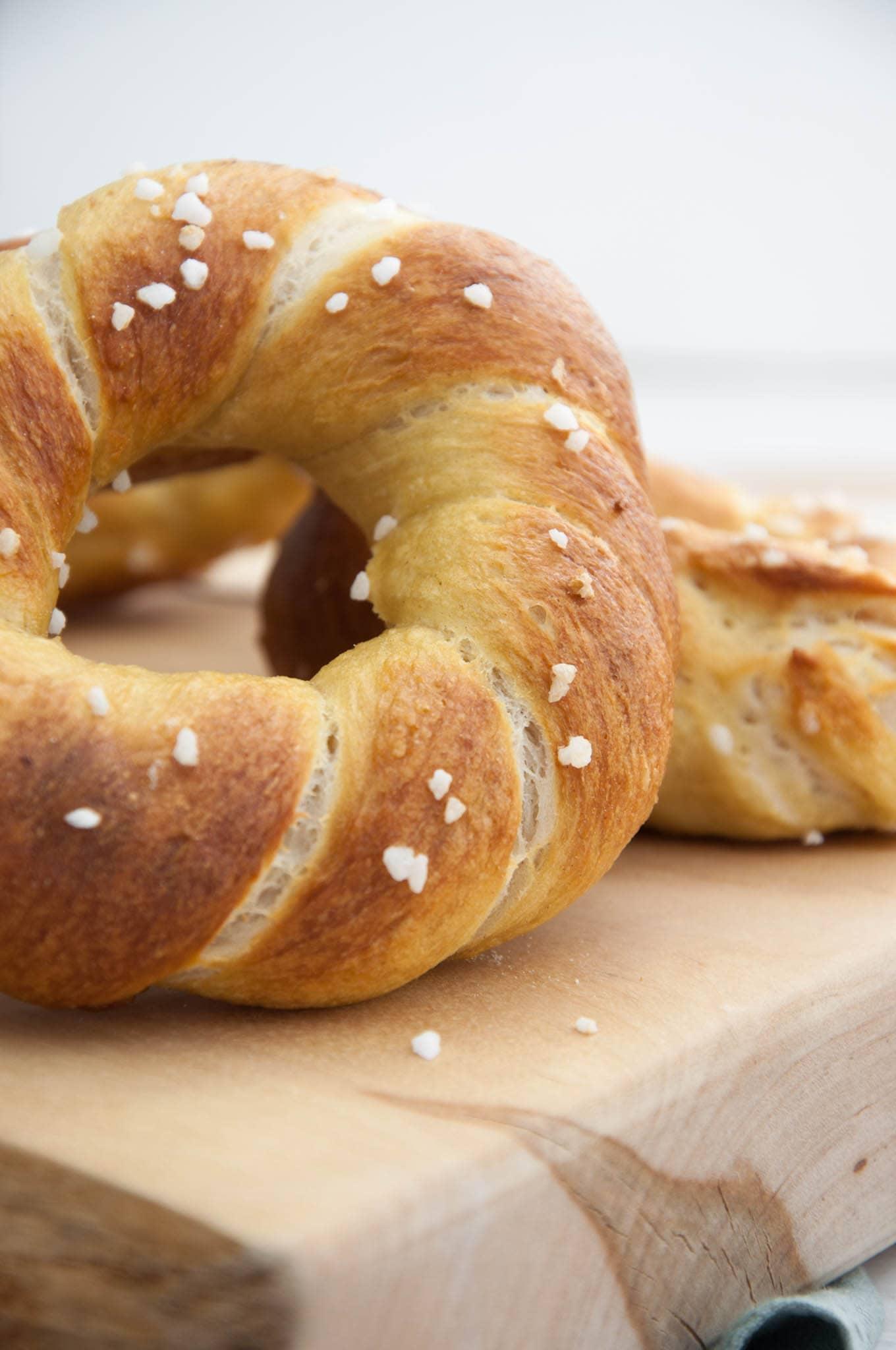 Twisted Pretzel Bagels Recipe Elephantastic Vegan