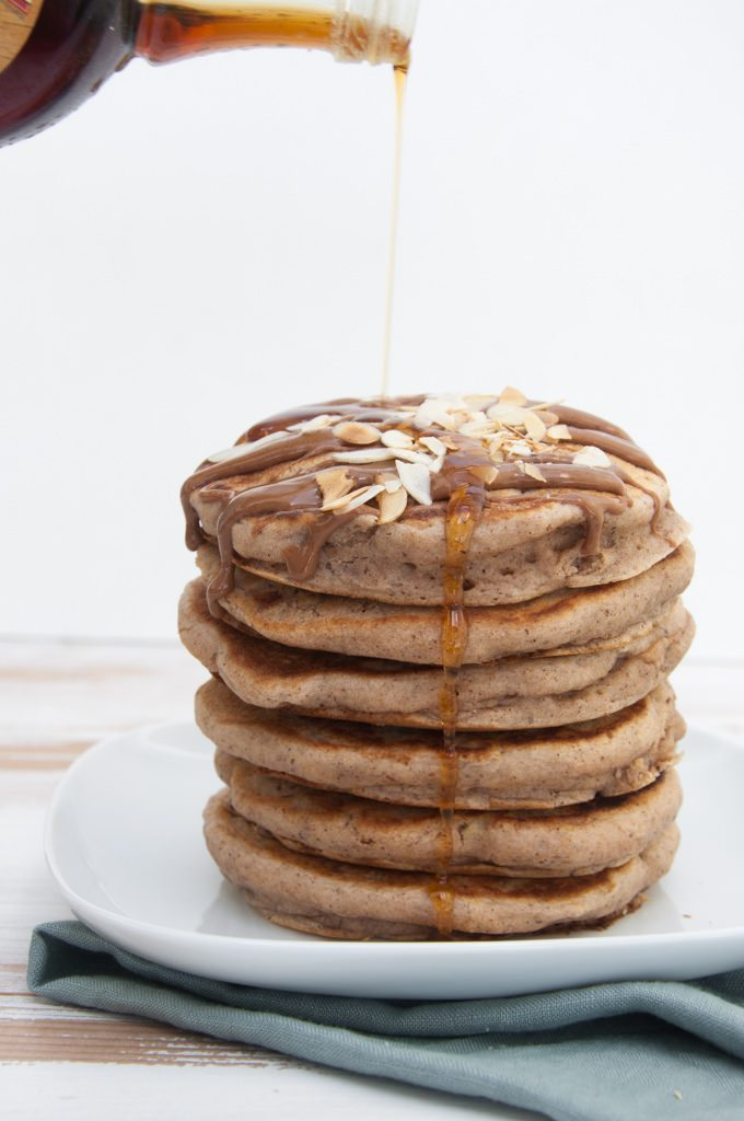 Vegan Apple Pie Pancakes with maple syrup