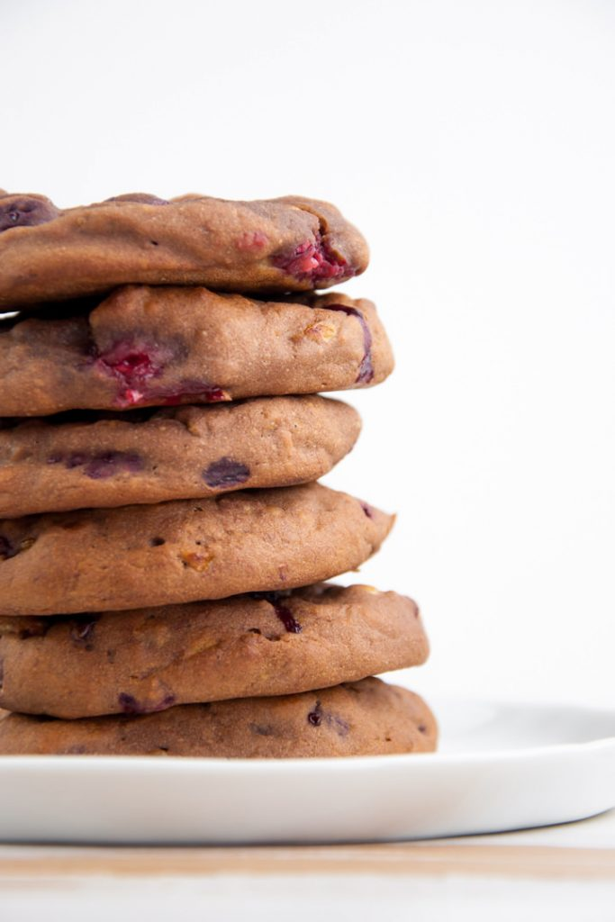 Sugar-Free Chocolate Cookies with Raspberries