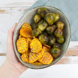 Oven-Baked Sweet Potato Slices with Brussels Sprouts