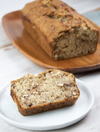 Vegan Banana Bread with walnuts