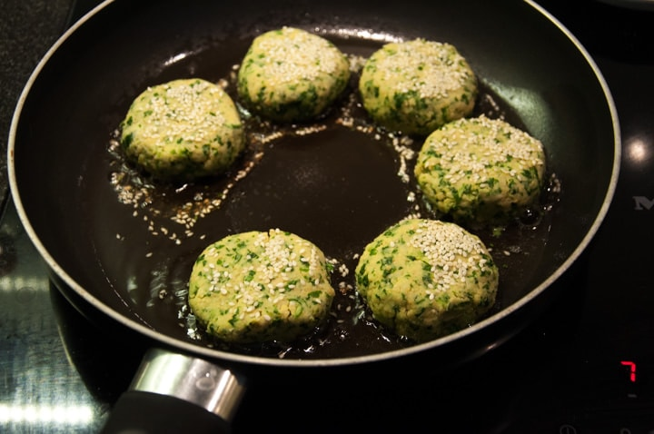kale falafel in pan