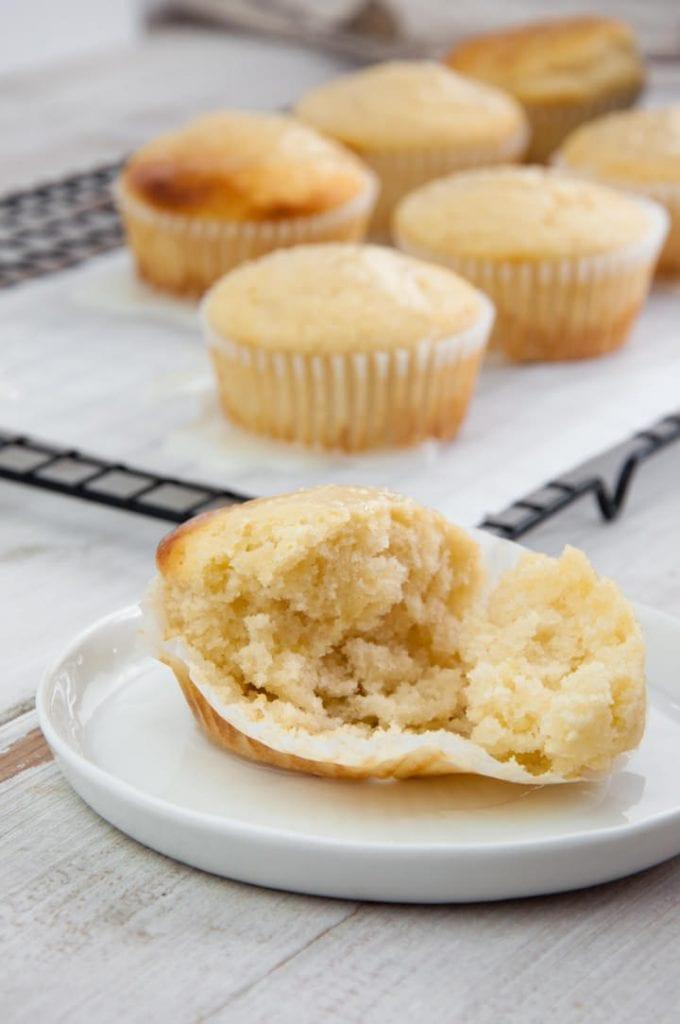 fluffy lemon muffins