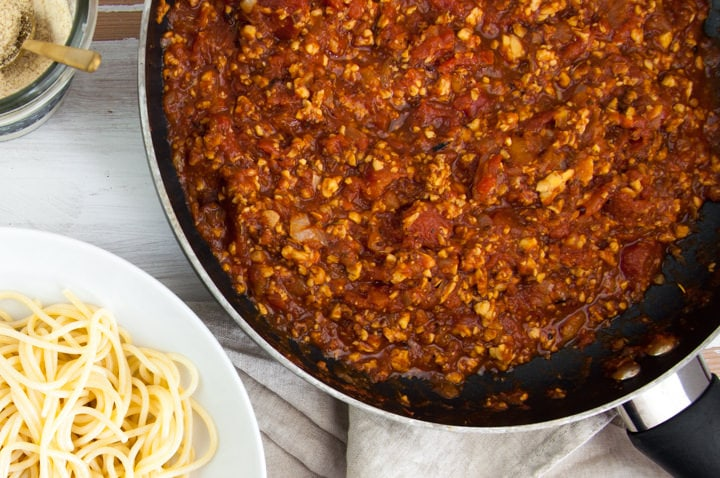 vegan tempeh bolognese sauce in pan